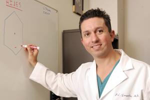 UT Southwestern pediatric urologist develops procedure to